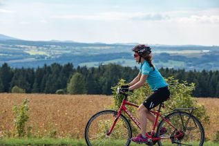 FEATURE: Cycling Across Quebec's EasternTownships